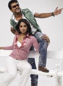 anushka and surya in singam movie