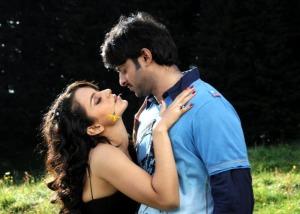 Prabhas and Kangana Ranaut in Ek Niranjan